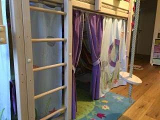 Hochbettvorhang für Kinder mit Theatereingang nach deiner Vorstellung