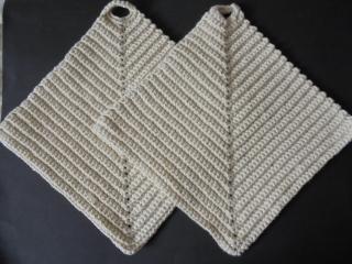2er Set Topflappen aus Baumwolle naturfarben-wunderschön und passend in jede Küche--Baumwolle-Geschenk-Weihnachten-Kochen-Küche-Backen-Handgemacht-gehäkelt-Handgehäkelt-