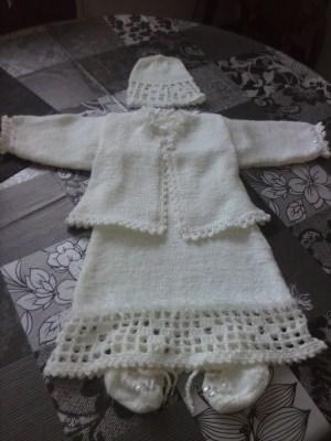 Taufkleid  kann für  Mädchen verwendet werden,mit rosa Pailetten Besatz versehen, weiß 4-tlg. 56 - 68