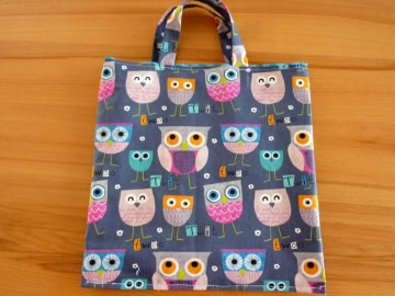 Kindertasche genäht aus Baumwollstoffen kaufen* Stoffbeutel * Einkaufstasche * Wendetasche ~ Eulen~Eulen - Handarbeit kaufen