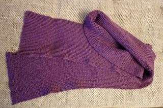 Schöner warmer Strickschal ~*~ Accessoires ~*~ Schal in Violett, handgestrickt aus Polyacryl - Handarbeit kaufen