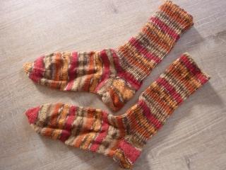 Socken ~ Strümpfe  handgestrickt aus Schurwolle~ Kuschelsocken ~ warme Füße - Handarbeit kaufen
