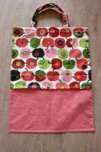 Tasche bzw. Einkaufsbeutel genäht aus Baumwollstoffen ~ Einkaufstasche, retro kaufen ~ Stoffbeutel ~ mit Äpfeln ~~ - Handarbeit kaufen