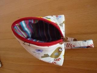 Dreiecktäschchen aus Baumwollstoffen genäht kaufen ~ Portemonnaie für Kinder ~ Stauraum für Kleinigkeiten  - Handarbeit kaufen