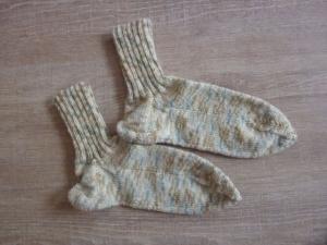 Socken, handgestrickt aus Schurwolle in cremeweiß kaufen~ Strümpfe ~ Kuschelsocken ~ *~ warme Füße ~  - Handarbeit kaufen