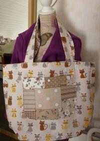 Shopper bzw. Schultertasche aus Baumwollstoffen mit Katzen genäht kaufen ~*~ Umhängetasche ~*~ große Einkaufstasche ~ - Handarbeit kaufen