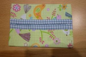 Taschentücher Tasche genäht aus Baumwollstoffen mit Vögeln kaufen * TaTüTa* Kosmetiktäschchen ~ griffbereite Taschentücher  - Handarbeit kaufen