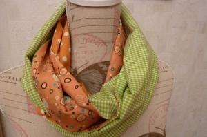 Retro ~~Schlauchschal genäht aus Baumwollstoffen kaufen* ~ * Loop ~  Wendeschal mit Karo und Pünktchen in orange und grün~  - Handarbeit kaufen