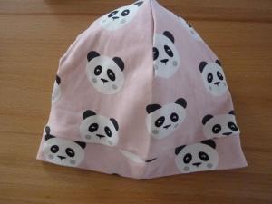 Beanie mit Pandagesichtern auf roséfarbenem Grund aus Baumwolljersey mit Elasthan genäht kaufen für Kinder ~*~   - Handarbeit kaufen
