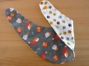 Wendehalstuch aus Baumwollstoffen mit Tieren und Tatzen in grau - braun - orange und rot genäht kaufen ~*~ mit Druckknopf ~  - Handarbeit kaufen