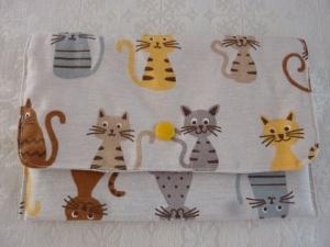 Universaltäschchen, Schmucktäschchen bzw. Portemonnaie aus Baumwollstoffen genäht in beige mit Katzen kaufen  - Handarbeit kaufen