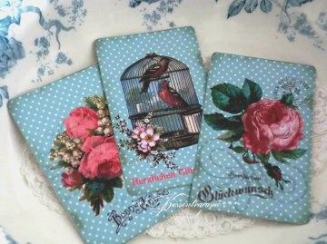 3 schöne Postkarten / Grußkarten / Dekokarten als Set mit romantischen Vintage Rosen.