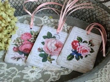 9 Geschenkanhänger * Tags *Papieranhänger * Dekoanhänger  mit tollen Vintage Rosenmotiven