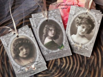 9-er Set Geschenkanhänger / Papieranhänger mit schönen Vintage Motiven & französischer Schrift