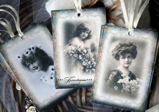 9-er Set Geschenkanhänger / Papieranhänger mit herrlichen Vintage-Damen Motiven in feinen Pastelltönen und tollem Rahmen.