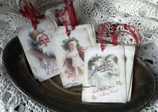 Geschenkanhänger, Weihnachtsanhänger Set, 9 Stück mit weihnachtilichen Vintage Motiven.