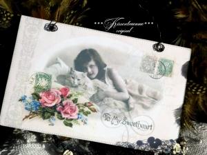Romantisches Dekoschild im Shabby / Vintage Stil und Drahtaufhängung in zarten Pastellfarben