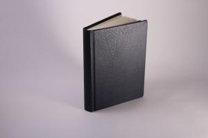 handeingebundenes Schreibbuch mit Leder-Einband