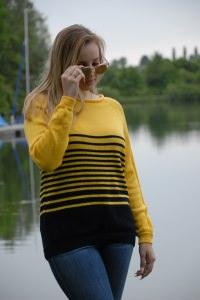 gestreifte klassische Pullover aus Baumwolle + Viskose, Größ 42-44