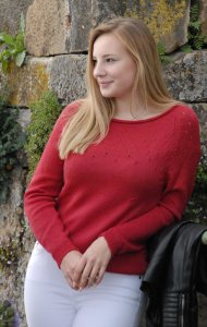 Himbeerfarbener Pullover aus feine Schurwolle, Größe 38-40