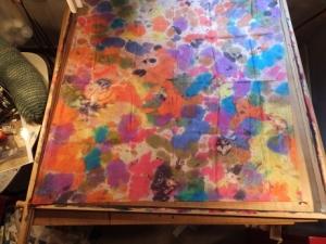 Seidentuch mit einem bunten getupften und geklecksten Mustern - Handarbeit kaufen