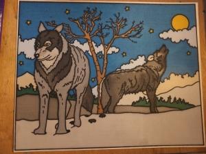 Fensterbild aus Seide mit Wölfen im Schnee die den Mond anheulen - Handarbeit kaufen