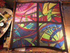 Seidentuch mit vier bunten Fenstern mit abstrakten Mustern - Handarbeit kaufen