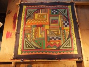 Seidentuch mit verschiedenen Mustern im Ethnostil in Erdfarben - Handarbeit kaufen