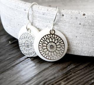 Filigrane Ohrringe - Perlmutt verschiedene Farben Silber