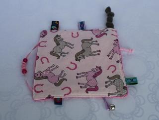 Knistertuch, Fühltuch - Pferde, Hufeisen, rosa und grau, rosa