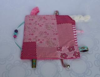 Knistertuch, Fühltuch - Patchwork, rosa und pink