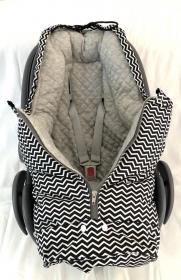 Fußsack Chevron zick Zack schwarz/weiß für Babyschale und Babywanne mit eigenen Schnitt von LuanaLunaDesign  (Kopie id: 100246710)