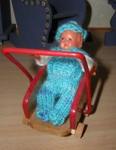 Kleidung für Puppenstuben Baby Ludwig, 7 cm