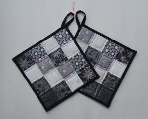 Topflappen mit grau-weißen Quadraten,aus der Stoffserie Sunprint - Handarbeit kaufen