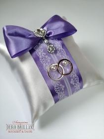 Angebot NEU Hochzeit Ringkissen ´Fate´ mit Swarovski Brosche, Flieder - Handarbeit kaufen