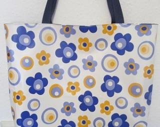 Badetasche, Strandtasche XL Wachstuch, Retroblumen