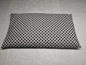 Zirbenkissen - gut schlafen - 30 x 50 cm, befüllt mit 500 gr. Zirbenspäne