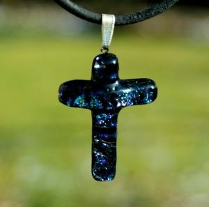 Lederband Büffelleder großes KREUZ dichroitisches Glas dunkelblau Anhänger Geschenk christlich - Handarbeit kaufen