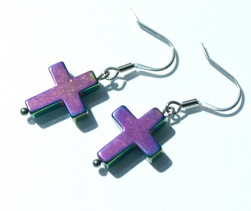 Ohrhänger Kreuz Hämatit PINK PETROL Edelstahl klein zierlich zweifarbig christlich