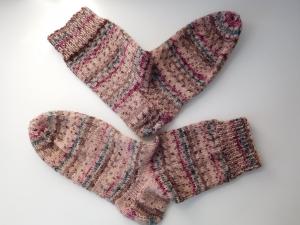 Socken handgestrickt Gr. 39 Retro Puder rosa gestreift kaufen