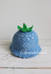 Babymütze gehäkelt Glockenblume in Blau und Grün