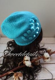 Beaniemütze aus Wolle in Türkis / Blau Wollmütze Beaniewollmütze mit Herz