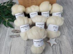 Wollfaser-Schnupper-Paket (2) – naturfarbige Spinnfasern, Mini-Kammzüge zum Spinnen, Spinnwolle  – 200g