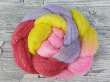 Kammzug mit Merino, Tussahseide / handgefärbte Spinnfasern mit Farbverlauf - SOMMERBLUMEN - 100g