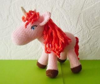 gehäkeltes Einhorn Kiara , Kuscheltier aus Baumwolle ♡   Pferd