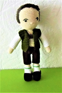 Puppe Josef in Tracht , gehäkelt , Kleidung zum an-und ausziehen, Oktoberfest , Puppe aus Baumwolle