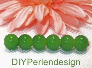 15 grüne Glasperlen, Durchmesser 7 mm