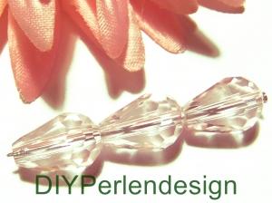 8 weiße Kristallglasperlen in Tropfenform,  12 x 8 mm