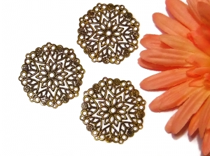 3 altmessingfarbene Verbinder, runde Ornamente