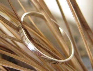 Silberring ultrazart glänzend/poliert - Handarbeit kaufen